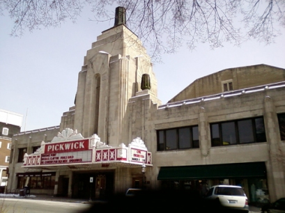 pickwick-theater-park-ridge-rev.jpg